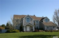 4 Rhododendron Ct Miller Place NY, 11764