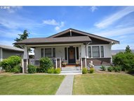 1015 E 10th St The Dalles OR, 97058