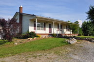 12550 Hardyville Rd Canmer KY, 42722