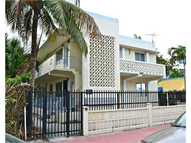 428 Collins Av Miami Beach FL, 33139
