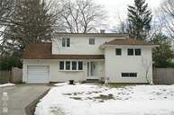 46 Wiltshire Dr Commack NY, 11725