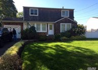 22 Neptune Ave East Patchogue NY, 11772