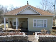 712 E St Clair Christopher IL, 62822