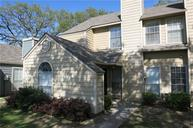 716 Bel Aire Irving TX, 75061