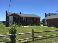 31 Dunlookin Ln South Jamesport NY, 11970