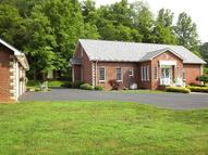 893 Kentucky Route 2039 Hagerhill KY, 41222