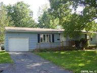 6 Finch Path Liverpool NY, 13090