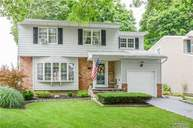 114 Laurel Ct Northport NY, 11768