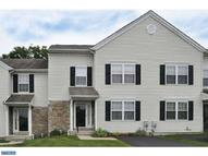 331 Cedar Waxwing Dr Warrington PA, 18976