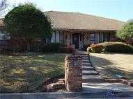 2704 Shadow Wood Court Arlington TX, 76006