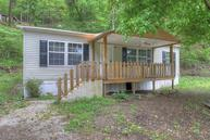 21961 East Big Creek Road Huddy KY, 41535