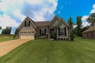 180 Cross Creek Drive Oakland TN, 38060