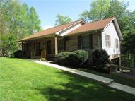300 W Circle Top Drive 66 Hendersonville NC, 28739