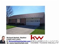 6717 Oakwood Lane Huber Heights OH, 45424