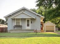 723 E Harvey Ave Wellington KS, 67152
