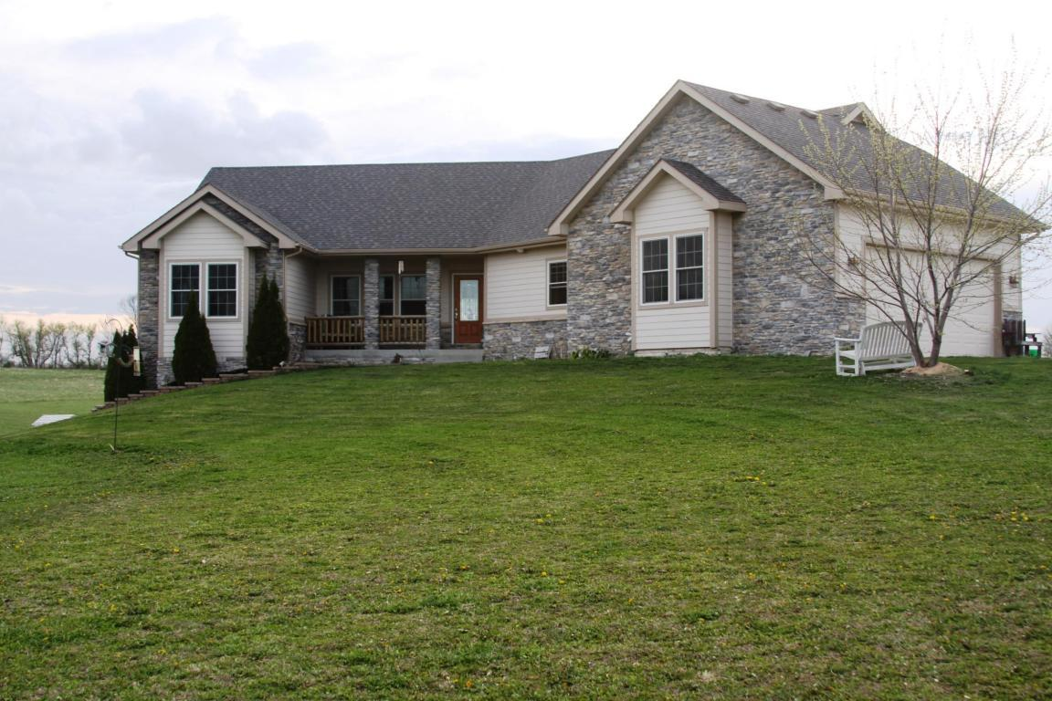 32061 old portland road adel ia 50003 for sale for Home vom