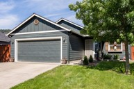 2011 South 58th Street Springfield OR, 97478