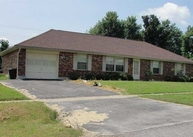 664 Kimberly Court Radcliff KY, 40160