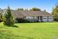 7325 Bridge Ln Cutchogue NY, 11935