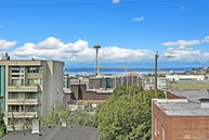 319 Summit Ave E Unit 303 Seattle WA, 98102