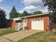 1774 Meadowbrook Rd Southwest Massillon OH, 44647