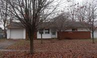 397 Chaucer Dr Riverside OH, 45431