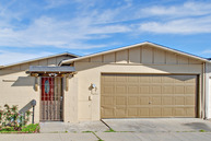 1622 Ukiah Way Salinas CA, 93906