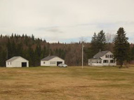 16 Fogg Rd Pittsburg NH, 03592