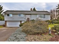 3885 Lois Hood River OR, 97031