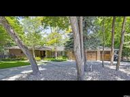 8254 S Ashley Cir Sandy UT, 84093