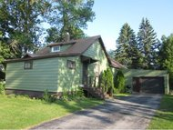 426 4th St Oconto WI, 54153