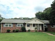902 Dogwood Dr Colonial Heights VA, 23834