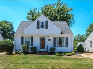 2242 Larchmont Dr Wickliffe OH, 44092