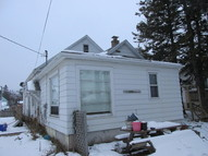 5209 E 2nd St Superior WI, 54880