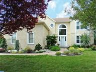 635 Fawnhill Dr Langhorne PA, 19047