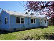 12 Four Rod Rd Rochester NH, 03867