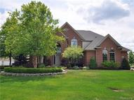 327 Knorrwood Drive Rochester MI, 48306