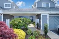 215 River Dr Moriches NY, 11955