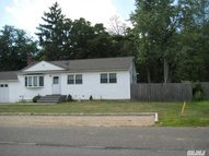 68 Jefferson Ave Brentwood NY, 11717