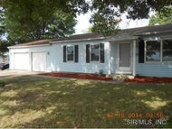 2917 Maryville Road Wood River IL, 62095