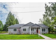 670 S Fir St Canby OR, 97013
