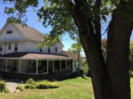 229 Valley Dr Falls PA, 18615