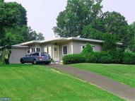 8312 Hull Dr Wyndmoor PA, 19038