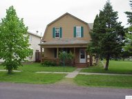 2731 E 4th St Superior WI, 54880