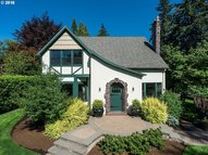 4520 Sw Laurelwood Ave Portland OR, 97225