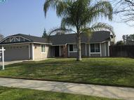 1214 Brentwood Street Tulare CA, 93274