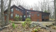 805 Stirrup Ct Lords Valley PA, 18428