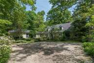 358 Ridge Ln Mill Neck NY, 11765