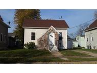 1011 Lawrence St New London WI, 54961