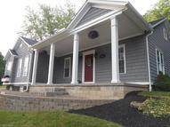 855 Cross St Newcomerstown OH, 43832